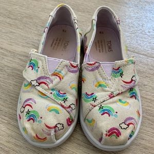 Toms rainbow shoes